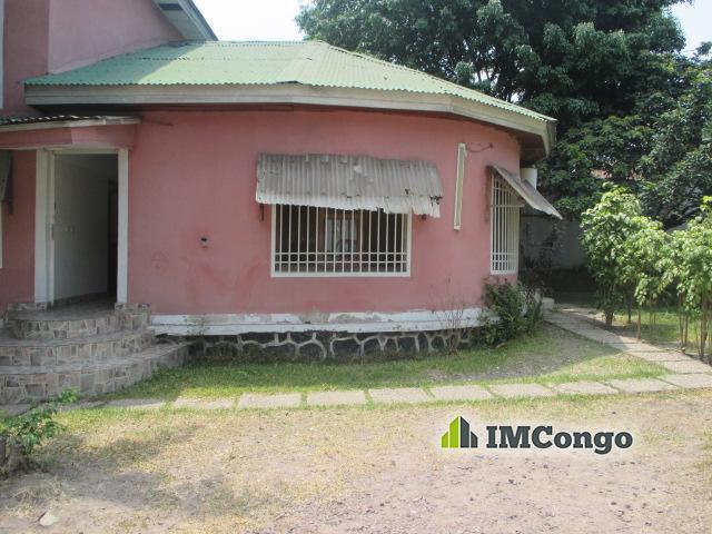 Maison villa a louer kinshasa gombe maison quartier socimat for Maison luxueuse a louer