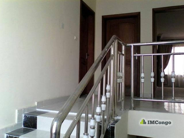 Maison villa a louer kinshasa ngaliema maison for 2 maison parc court