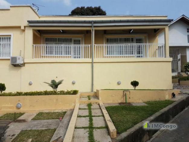 Maison villa a louer kinshasa ngaliema maison meubl e for 2 maison parc court