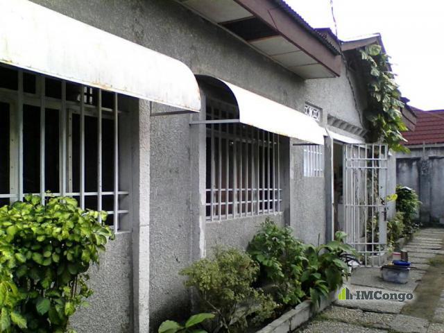 Maison villa a louer kinshasa kintambo maison quartier nganda for Site de villa a louer