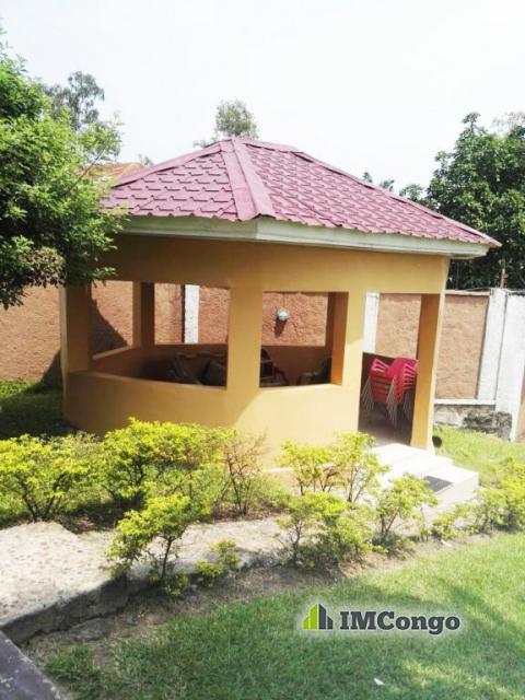 Maison villa a louer kinshasa ngaliema villa for 2 maison parc court