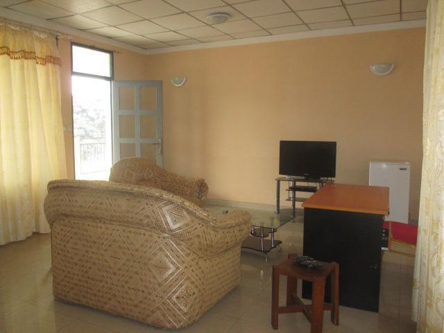 appartement a louer kinshasa gombe complexe de studios meubl s centre ville. Black Bedroom Furniture Sets. Home Design Ideas