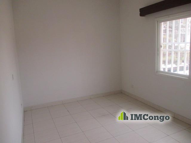 Appartement a louer kinshasa gombe complexe d for Au bon coin 45 meubles