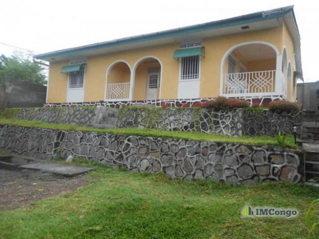 Maison villa a vendre kinshasa nsele maison quartier for Construire une maison a kinshasa