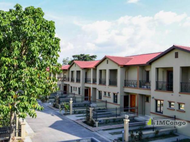 Maison villa a louer kinshasa bandalungwa complexe des villas for Site de villa a louer