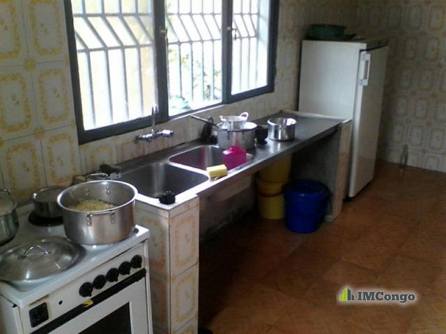 Maison villa kofutela kinshasa kintambo maison for Achat maison kinshasa