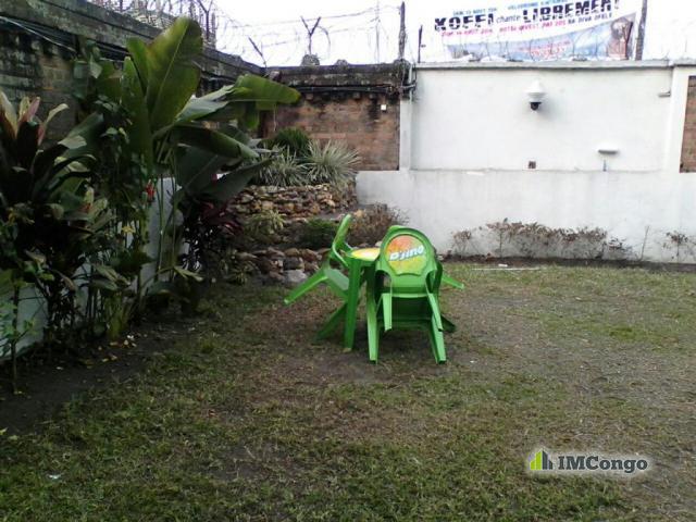 Party room for rent kinshasa kintambo jardin de f te for Jardin zoologique kinshasa