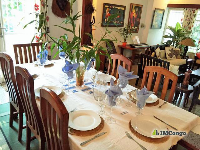 Maison villa a vendre kinshasa kintambo maison for Jardin zoologique kinshasa