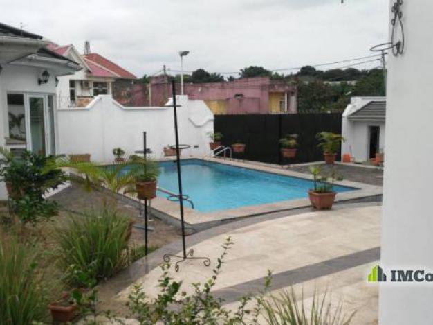Maison villa a louer kinshasa ngaliema villa for 1 maison parc court