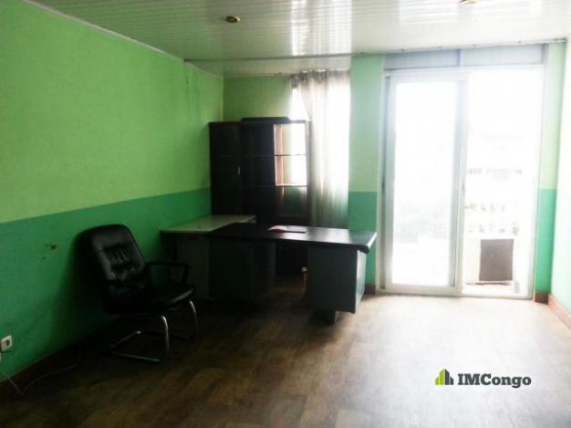 bureau a louer kinshasa gombe bureau centre ville. Black Bedroom Furniture Sets. Home Design Ideas