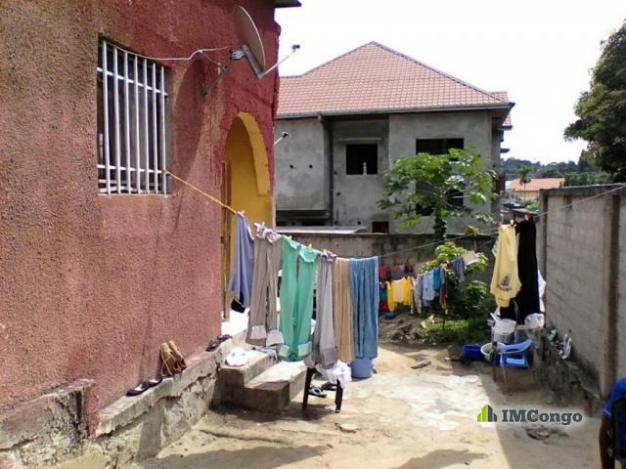 Maison villa a vendre kinshasa ngaliema parcelle for 1 maison parc court